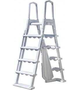 Escalera moldeada soplado 2x4 peldaños + plataforma Gre. L4PL