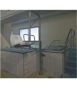 Ascensor acuático hidráulico para spa. ASCAC006